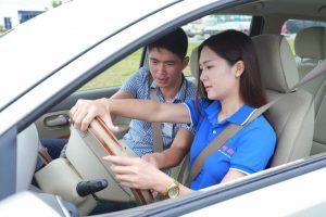 Thuê xe bổ túc tay lái số sàn
