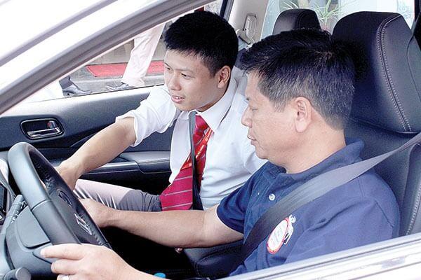 Thuê xe bổ túc tay lái đi tỉnh